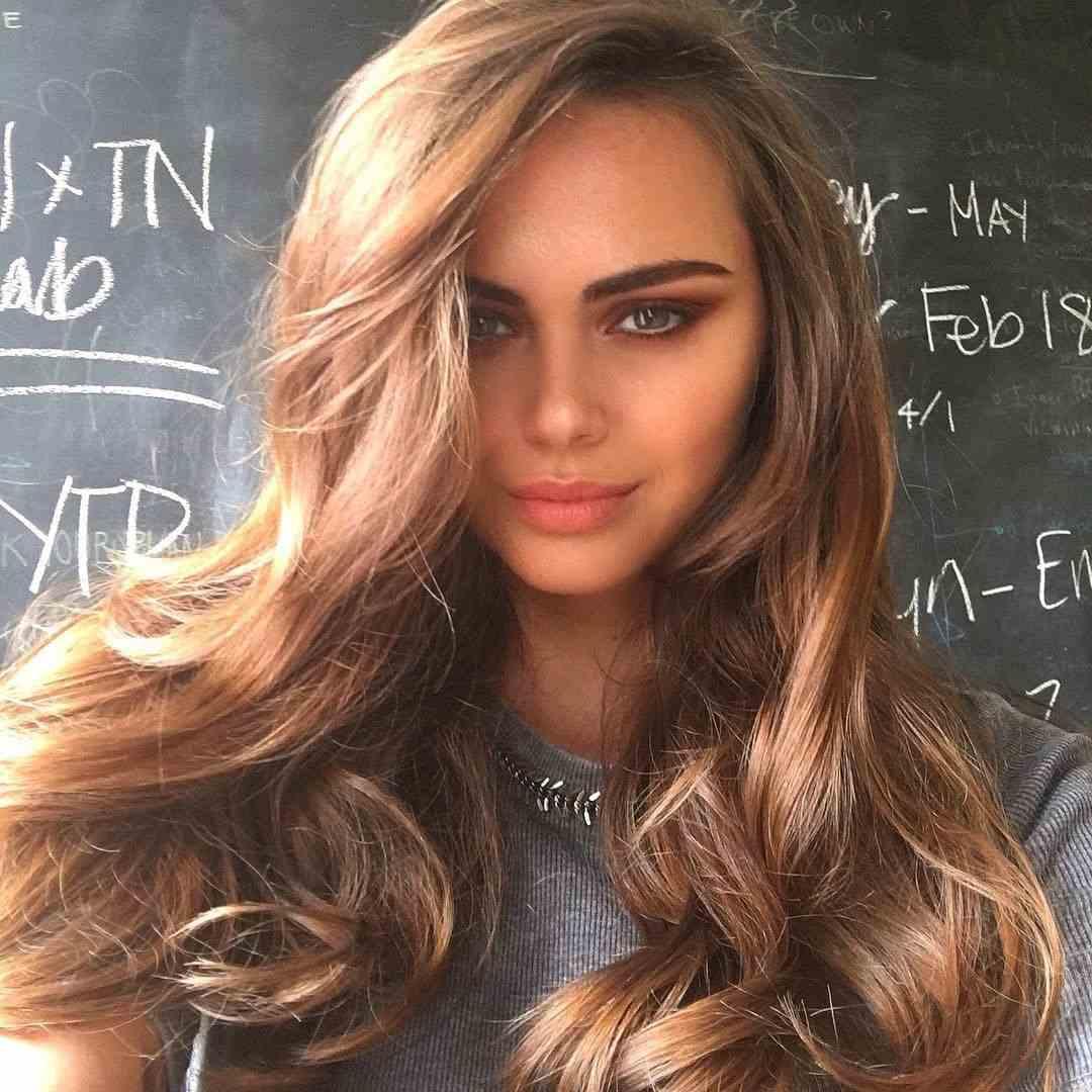 cabello-castano-largo-opciones-ideas