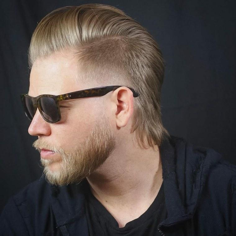 cabello-hombre-hacia-atras-estilo-moda-opciones