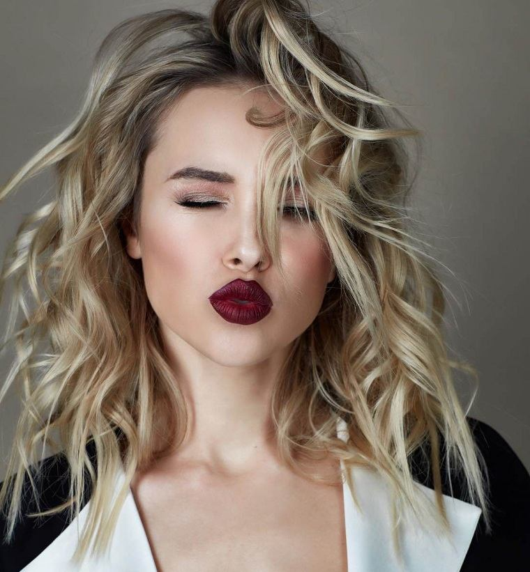 cabello-rizado-estilo-natural-ideas-moda