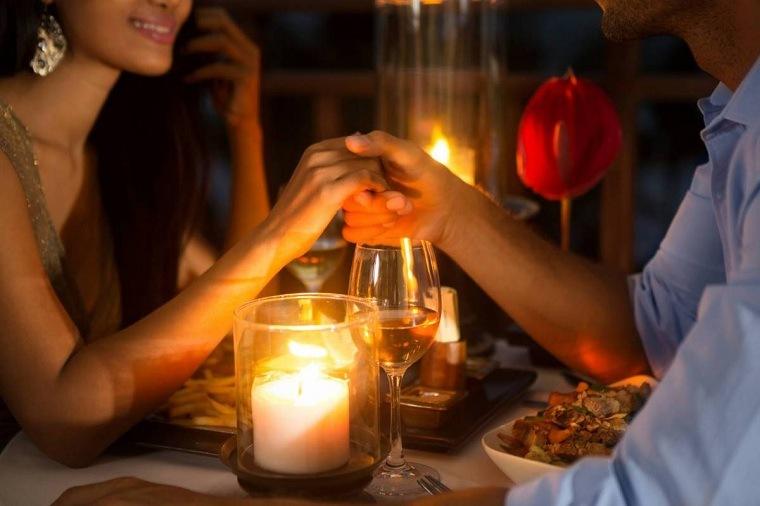 cena-romantica-enamorados-ideas