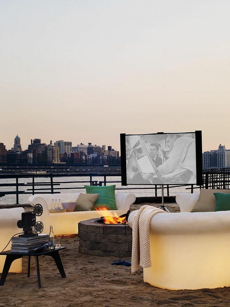 cine-en-casa-idea-para-la-terraza