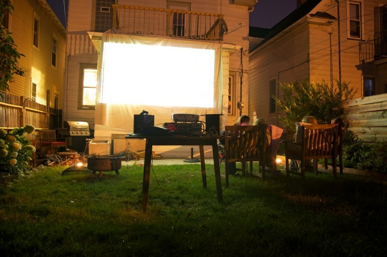 cine-en-casa-pantalla