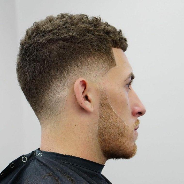 cortes-de-pelo-chico-2019-original-cabello-rizado