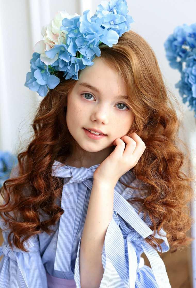 cuidado-cabello-ninas-flores-corona-bella