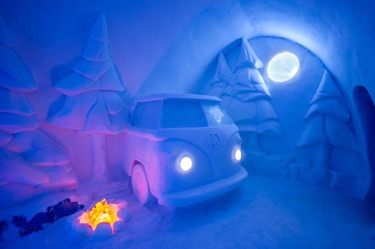 esculturas-hielo-coche-arboles-ideas-hotel