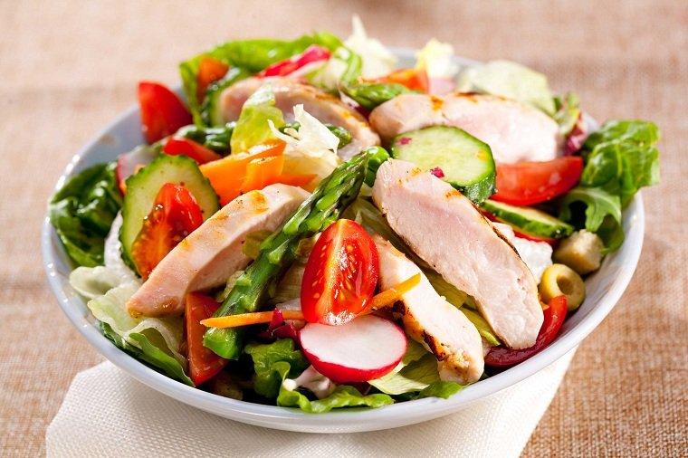 habitos-alimenticios-ensalada-ideas-opciones
