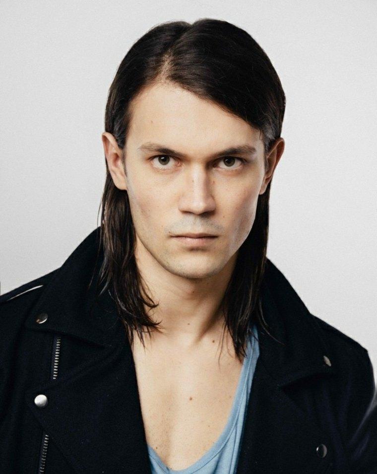 opciones-hombre-moda-cabello-largo-estilo-original