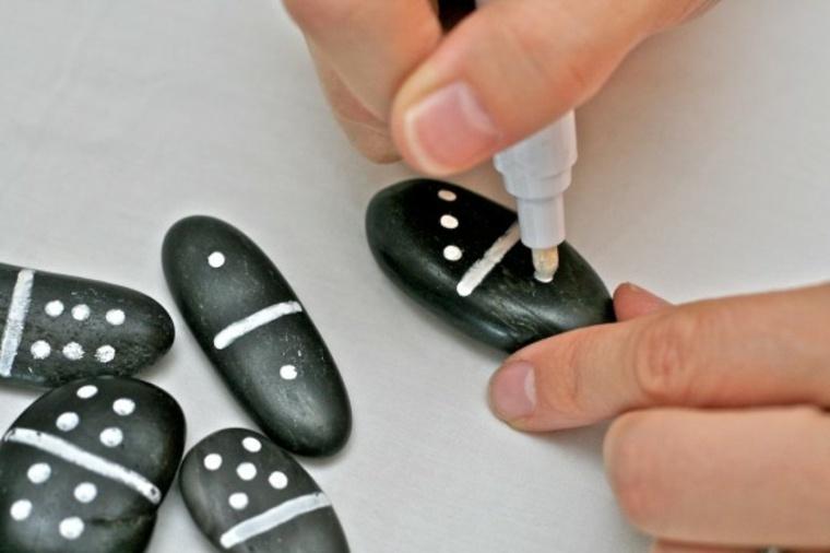 Cómo preparar rocas para pintar