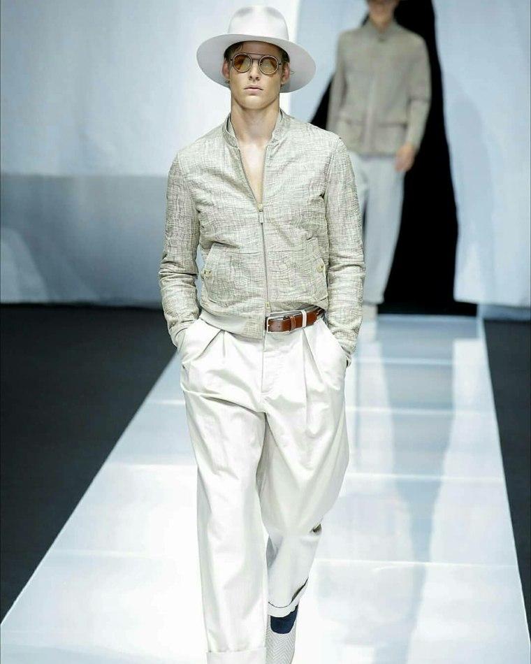 tendencias-2019-moda-Giorgio-Armani-color-claro