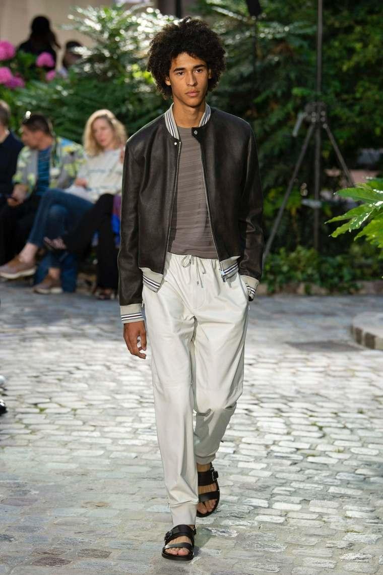 tendencias-2019-moda-hombre-hermes-pasarela-estilo