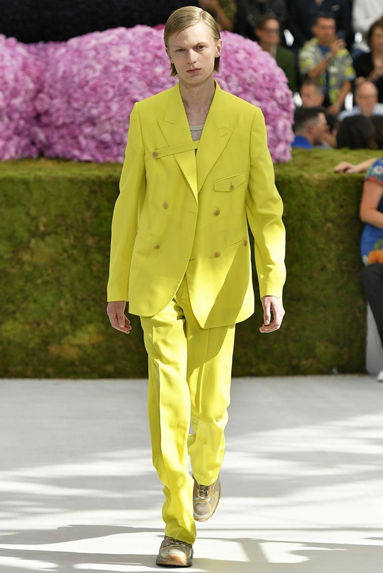 tendencias-2019-moda-primavera-Dior-Homme-colores