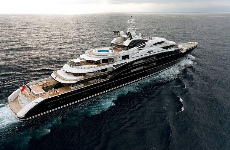 yates-lujo-serene-costo-330-millones-millonarios