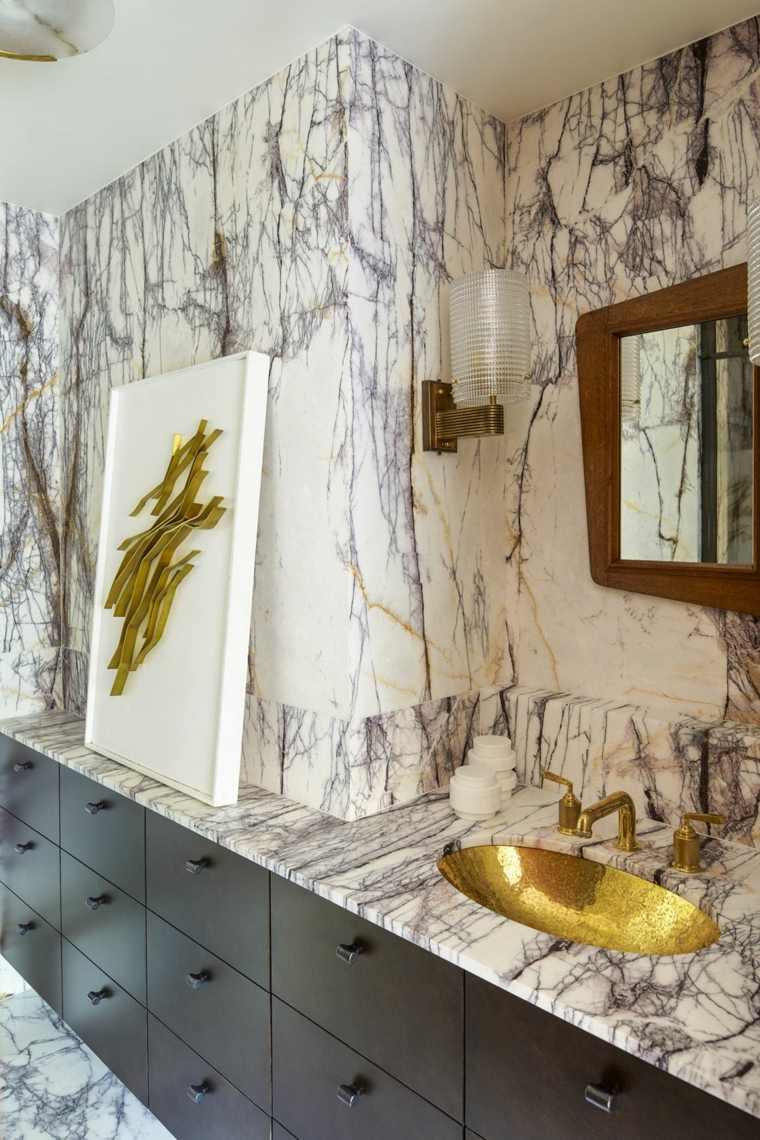 bano-de-lujo-marmol-diseno-Kelly-Wearstler