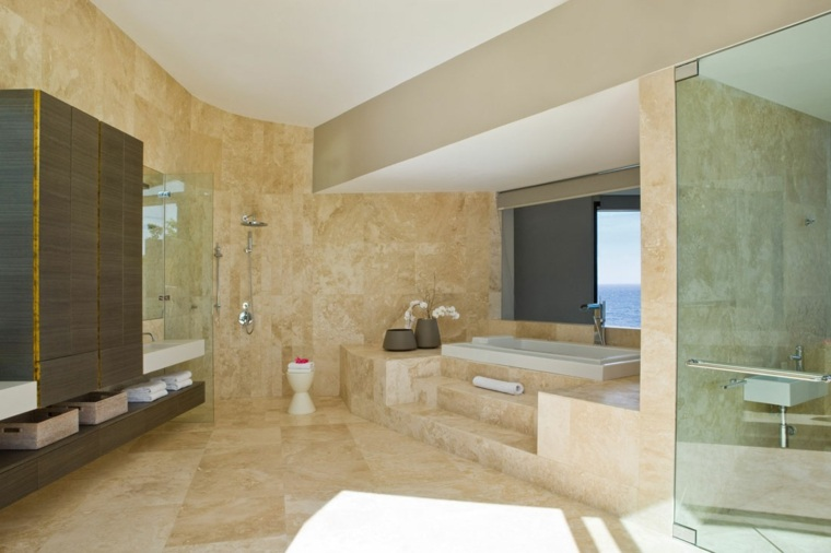 baños de lujo-marmol-color-calido