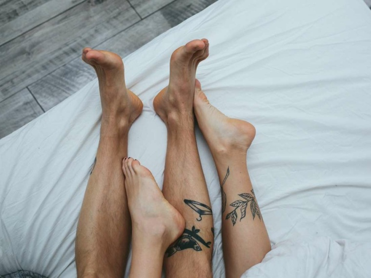 cama-mujer-hombre-sexo-orgasmo