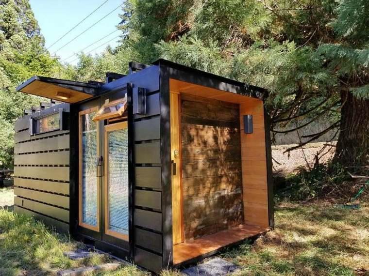 viviendas hechas de contenedores reciclados