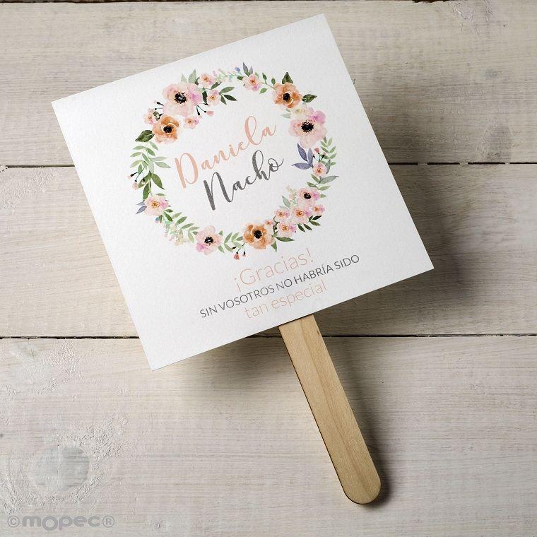 detalles-de-boda-invitados-ideas-abanico-papel