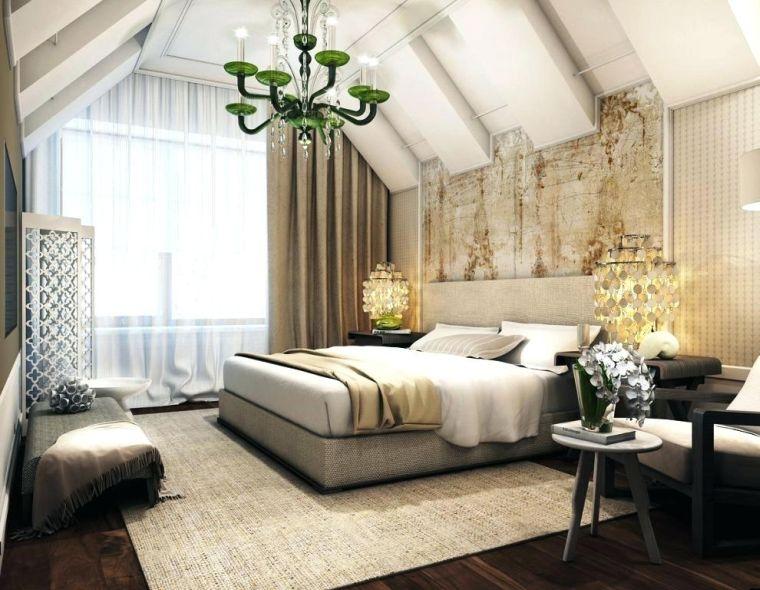 dormitorio en el ático con diseñi clasico