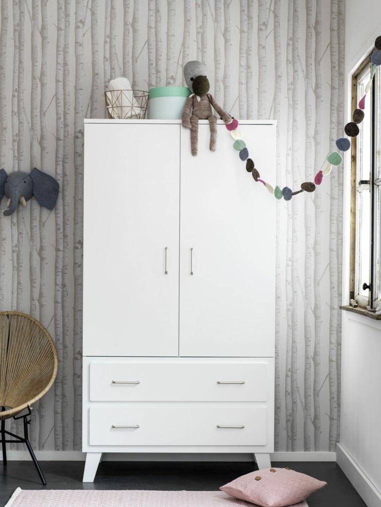 habitación infantil armario blanco