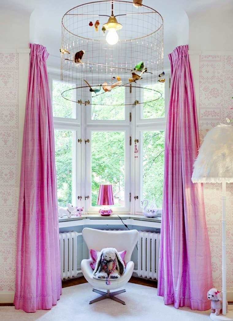 habitación infantil cortinas rosadas