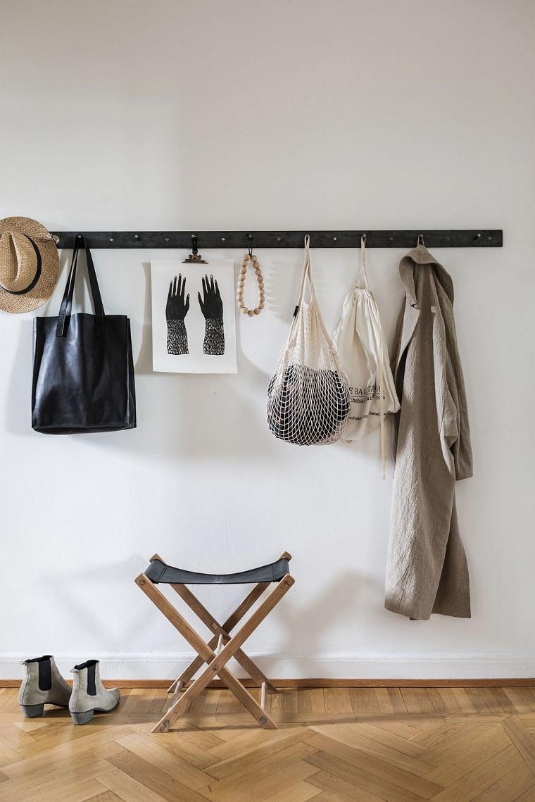 ideas-colgar-ropa-pasillo-opciones