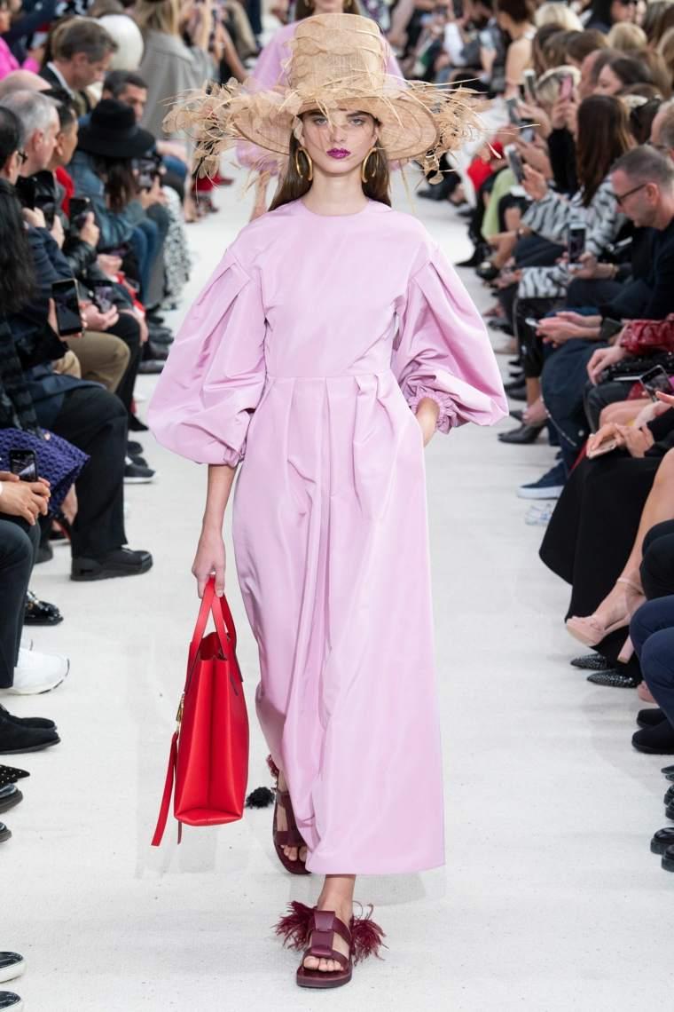 moda-primavera-verano-2019-valentino-modelos