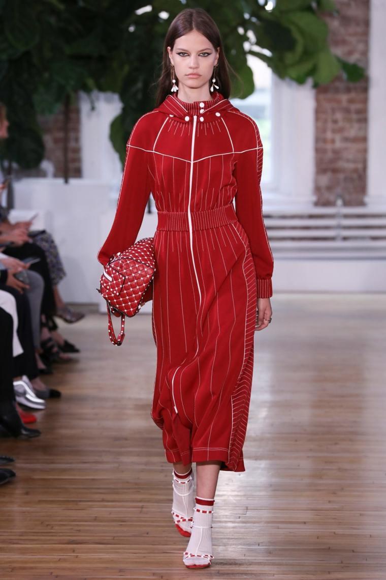moda-primavera-verano-2019-valentino-vestido