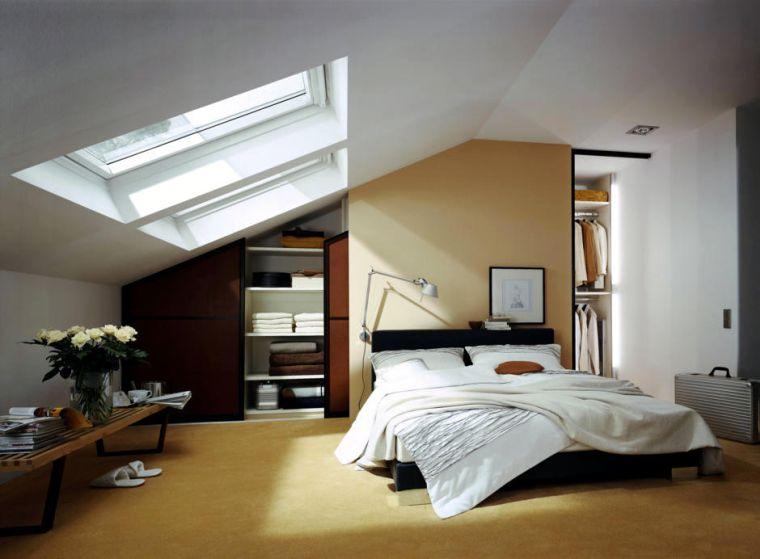 paredes amarillas en el dormitorio