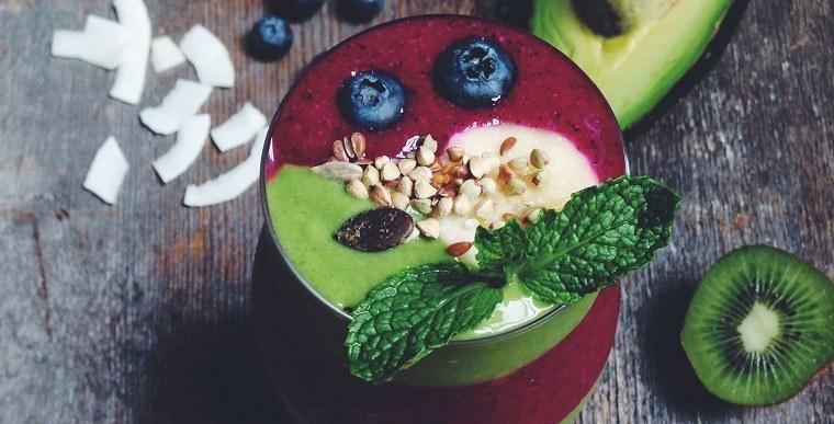 recetas-de-smoothies-bol-frutas-ideas
