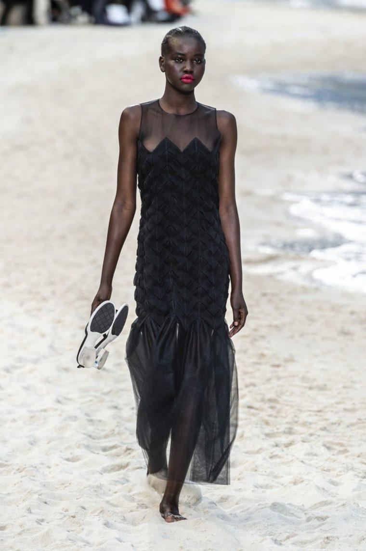 tendencias-primavera-verano-2019-diseno-Chanel-mujer