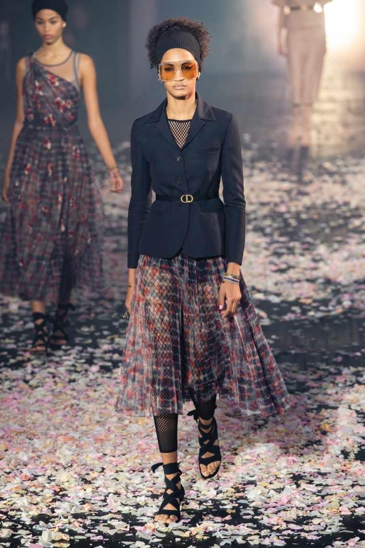 tendencias-primavera-verano-2019-diseno-Dior-moda
