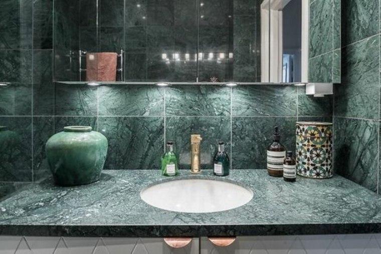 baño de lujo de mármol