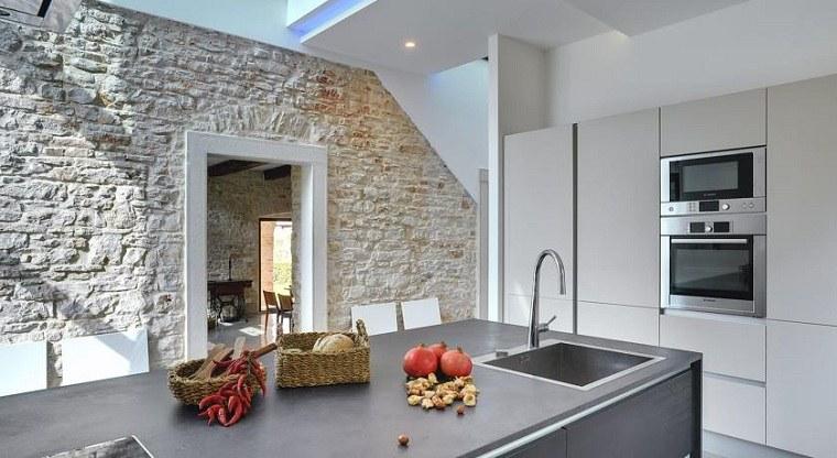casa-pared-cocina-piedra