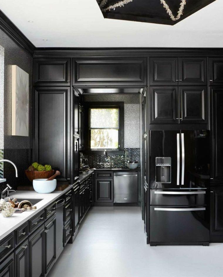 cocina-estilo-negro-muebles-clasicos