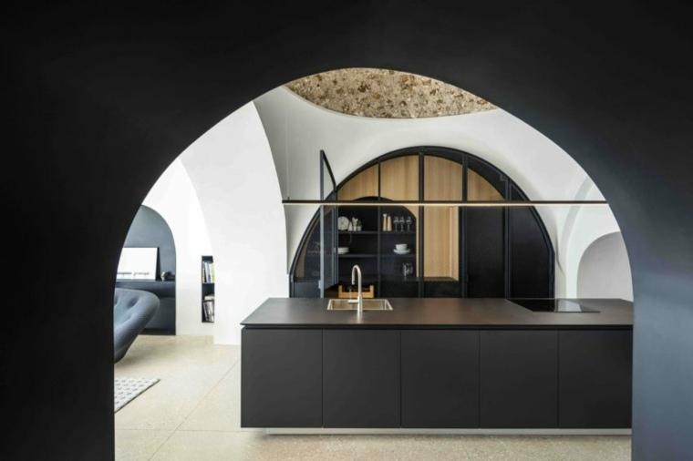 cocina negra-Pitsou-Kedem-Architects