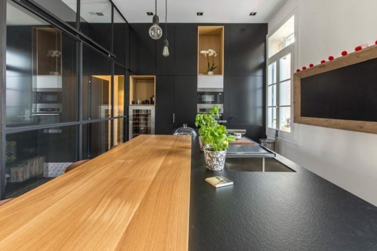 cocina-negra-detalles-madera-stilo