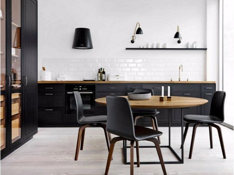 cocina-negra-muebles-salpicadero-losas-blancas