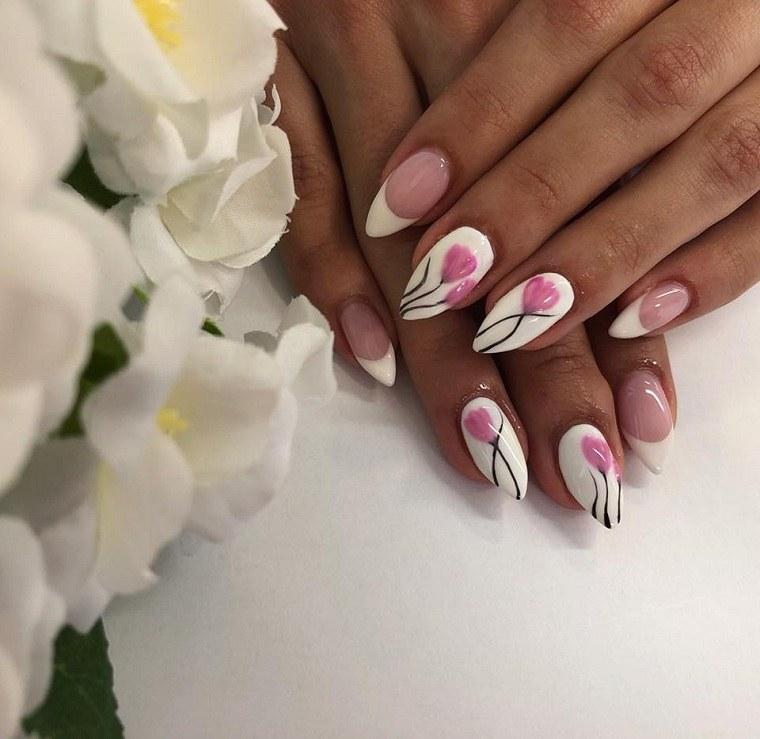 disenos-unas-2019-blanco-tulipanes