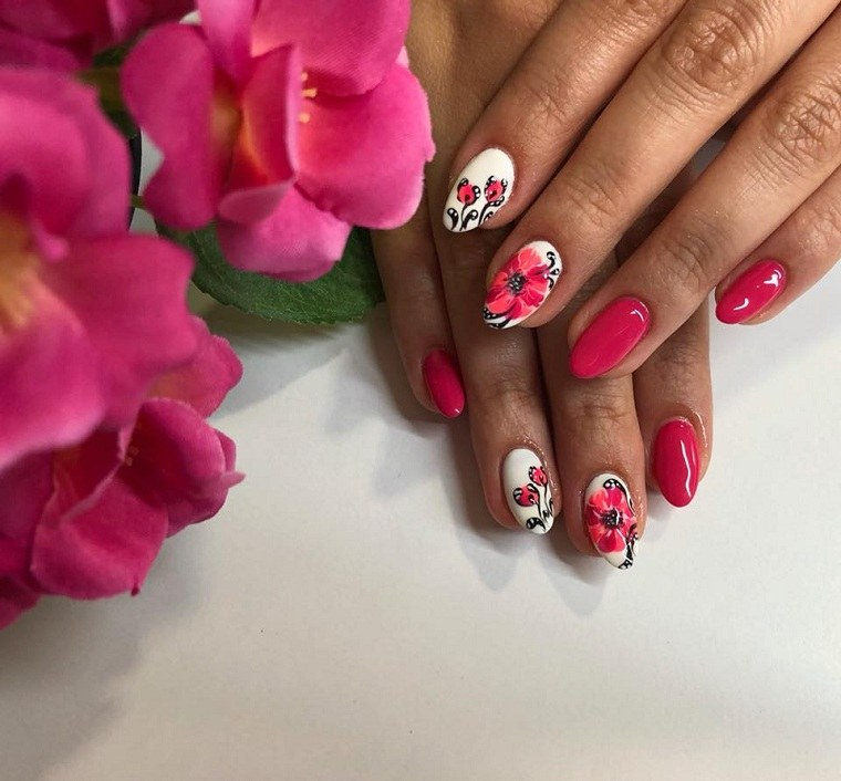disenos-unas-2019-rosa-flores-primavera