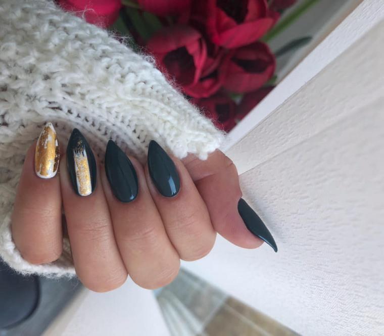 disenos-unas-2019-verde-oscuro