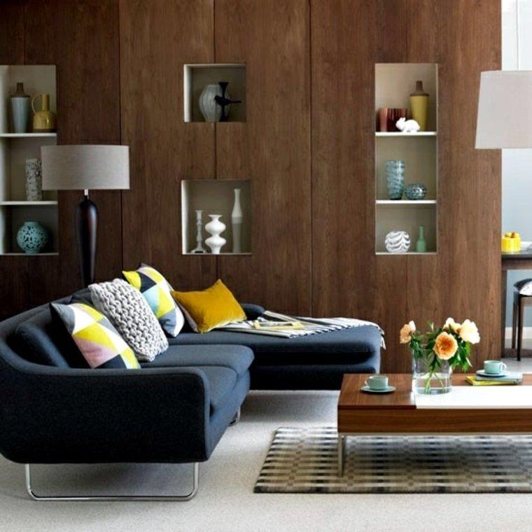 paredes de madera con estantes