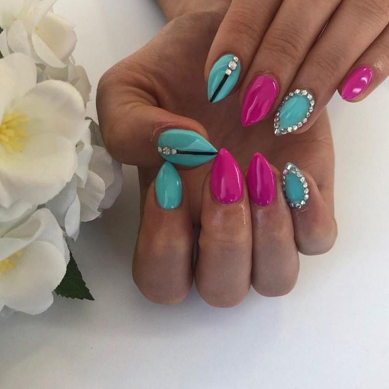 rosa-azul-piedras-unas-estilo-ideas