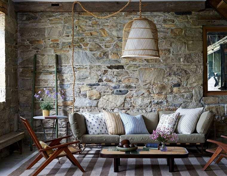 sala-estar-piedra-pared