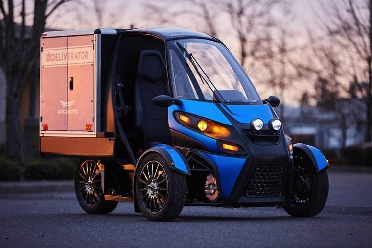 Deliverator-innovacion-translado-cuidad-moto