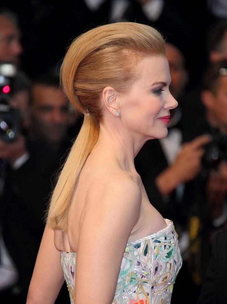 Nicole-Kidman-recogido-cola