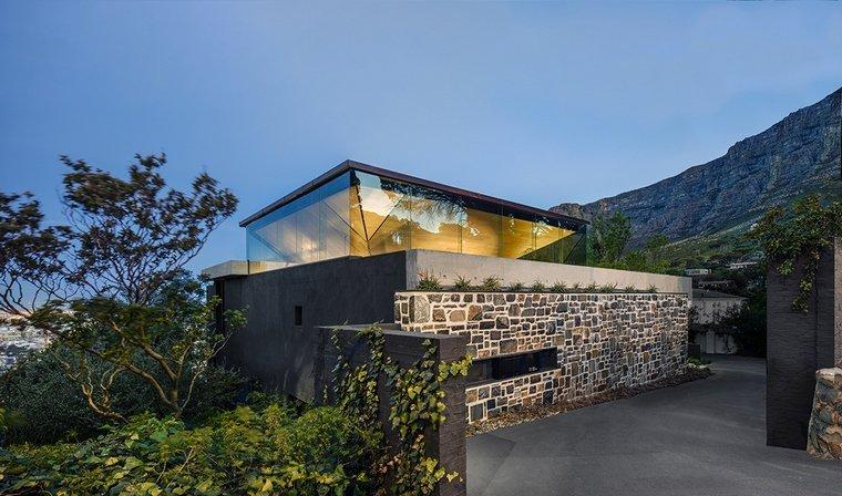 SAOTA-proyecto-kloof-119a-valla-piedras