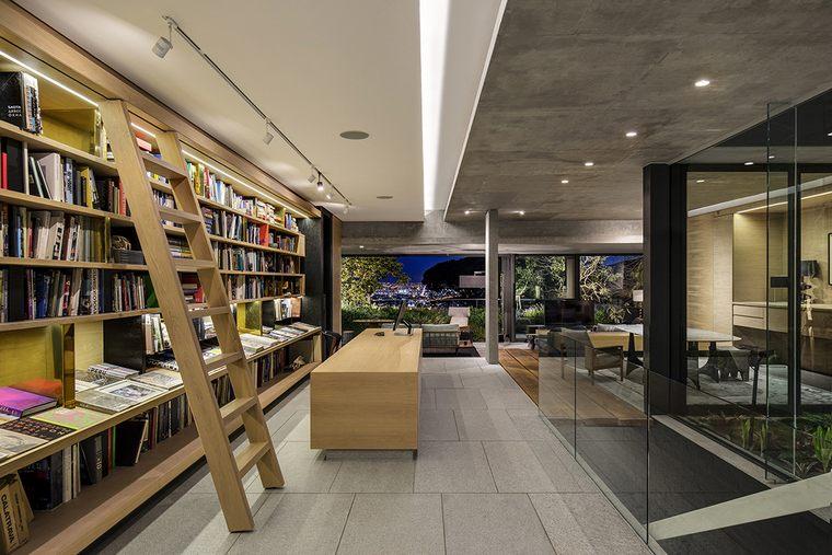 Saota-KLOOF-119A-biblioteca
