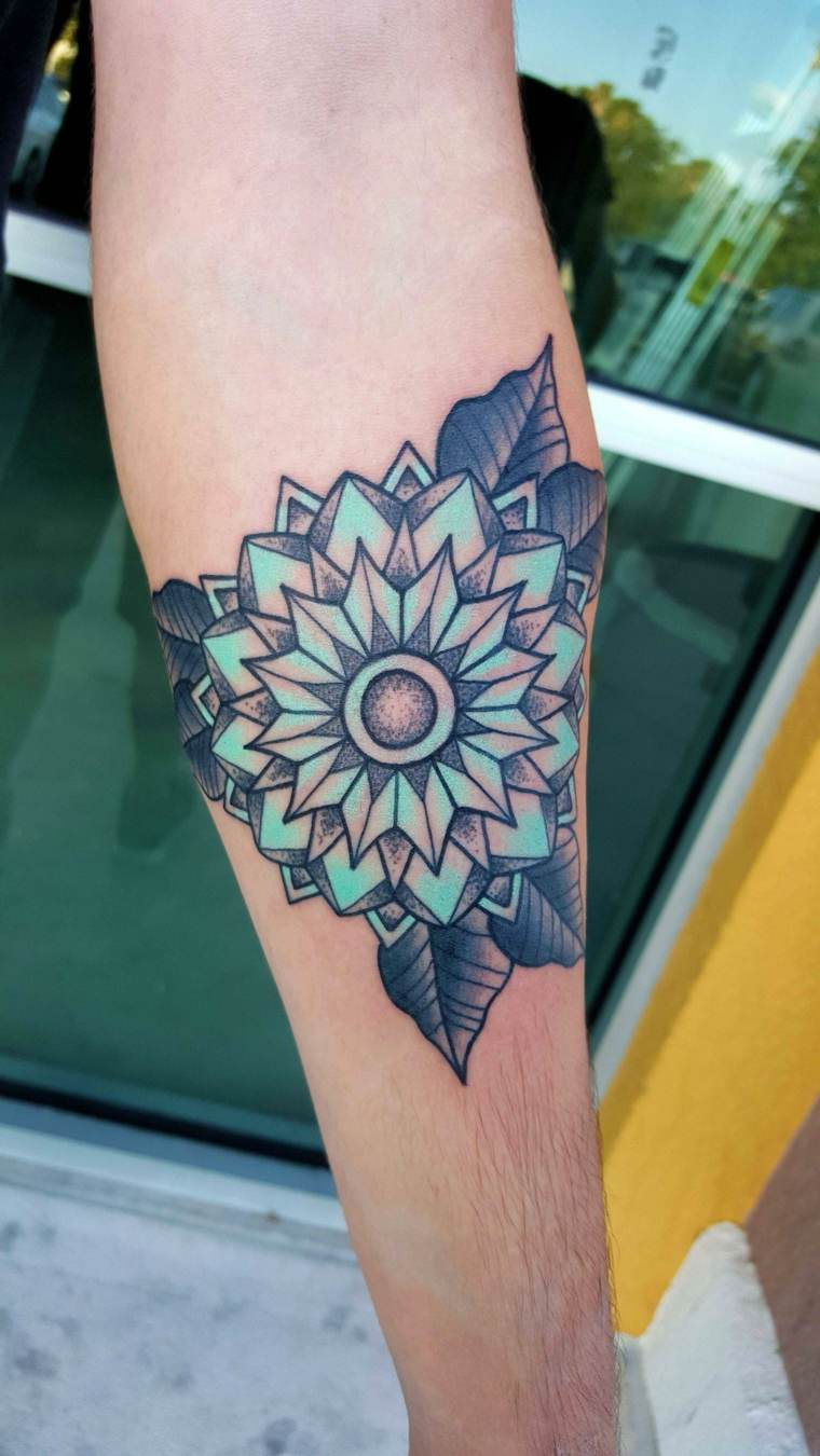Shane-Olds-tattoo-ideas-color-verde