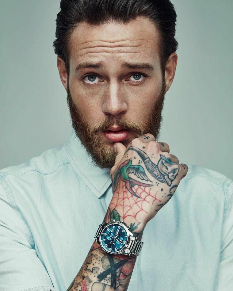 barba-moderna-2019-moda-masculina-tatuajes