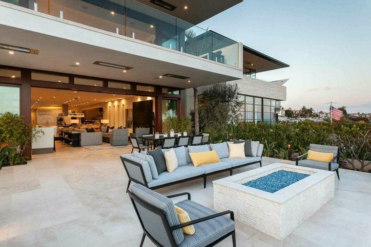 casa con jardín-contemporary-oceanscape-nicholson-companies